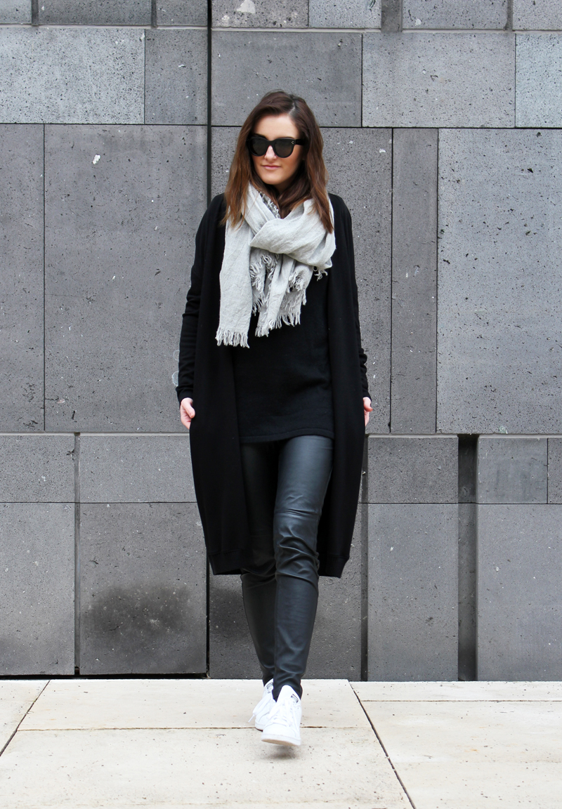 ootd: black leather pants and lond cardi