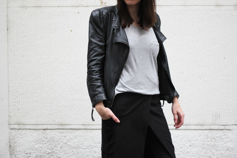 wrap skirt grey basic tee minimal outfit