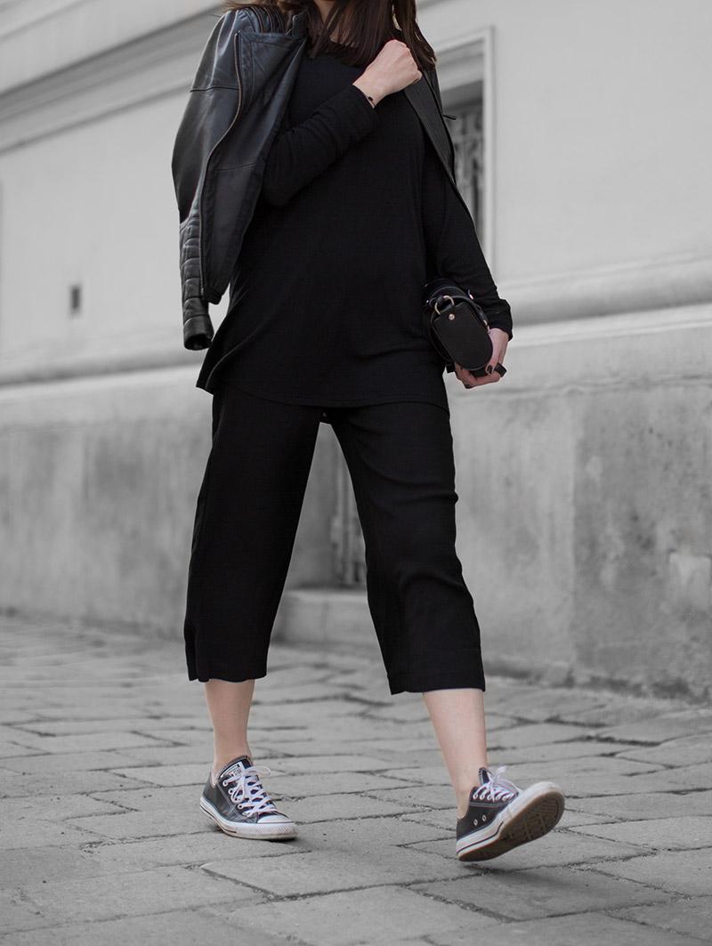 black culottes streetstyle vienna converse