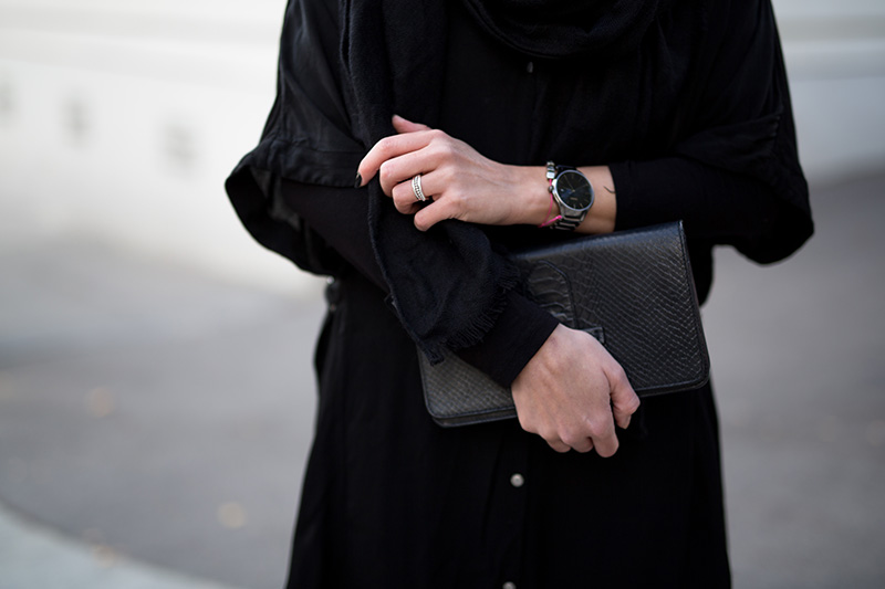 all-black-worry-about-it-later-rado-streetstyle