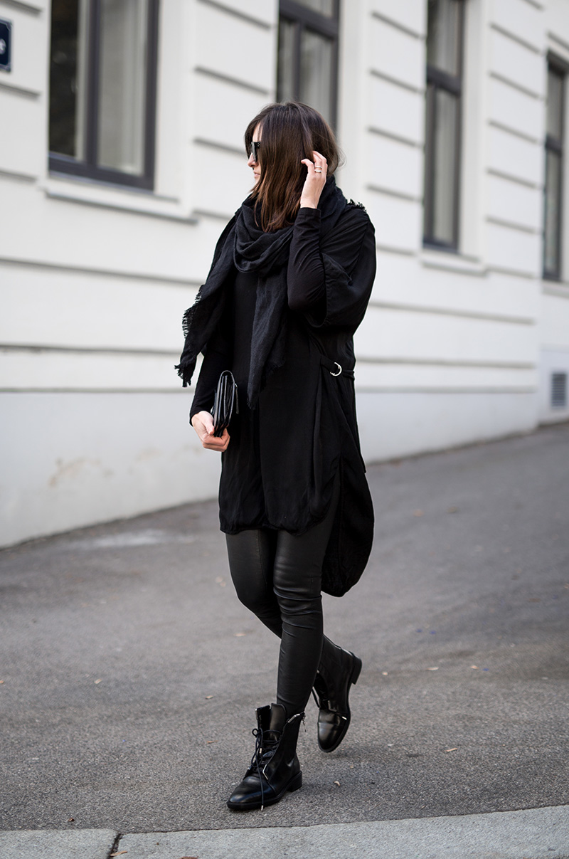 cos-scarf-weekday-dress-zara-boots-worry-about-it-later-streetstyle-vienna-all-black