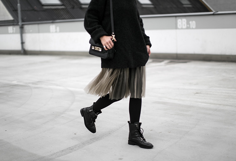 diy-pleated-skirt-worry-about-it-later-streetstyle-vienna