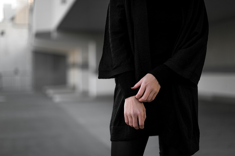 frett-knitwear-slow-fashion-worry-about-it-later-all-black