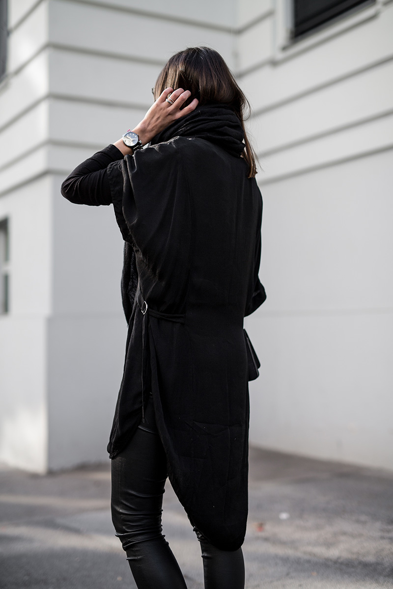 worry-about-it-later-streetstyle-vienna-weekday-rado