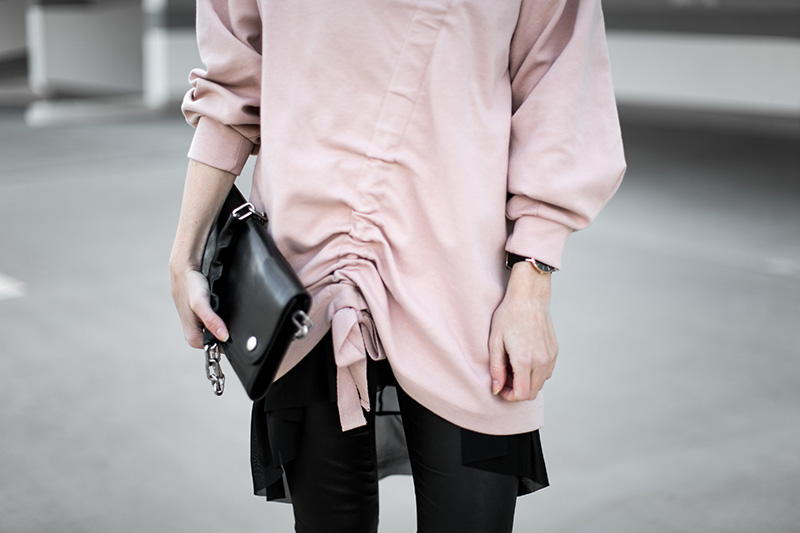 acne-bag-pink-ruffle-jumper-streetstyle-vienna