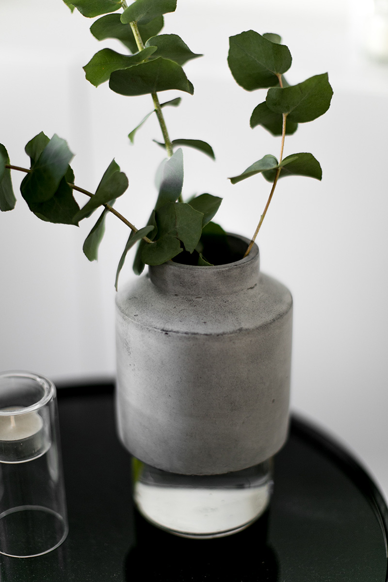 menu-vase-willmann-concrete-kind-of-mine-worry-about-it-later