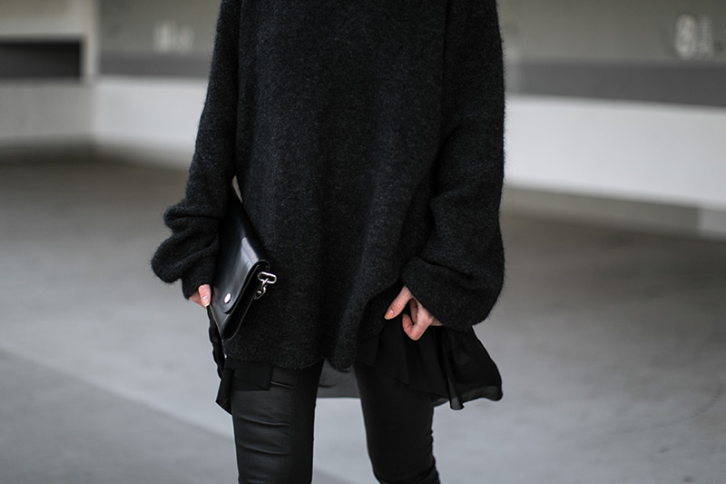 ruffle-shirt-worry-about-it-later-all-black-look-acne-bag
