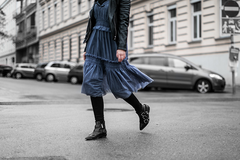 streetstyle vienna worry about it later hm trend dress diesel booties