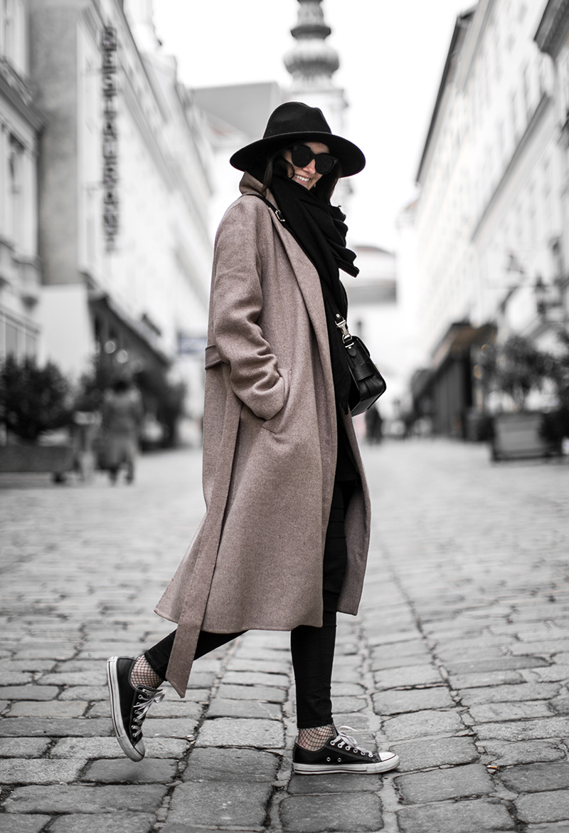 worry about it later streetstyle vienna brown coat fishnet tights details