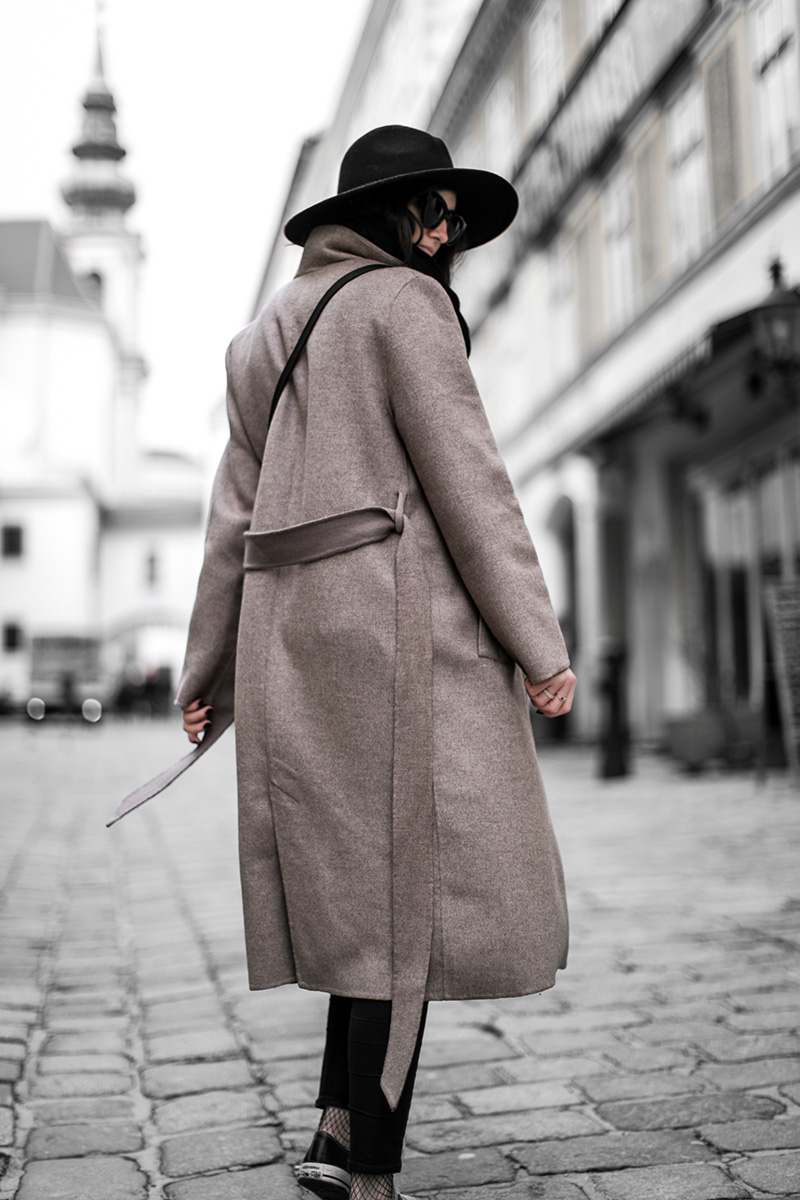 worry about it later streetstyle vienna brown coat