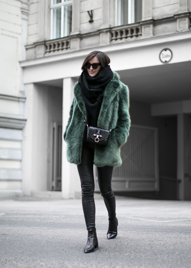 worry about it later streetstyle vienna defect green fake fur coat obsedia crossbody bag acne jensen boots