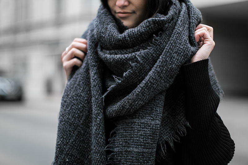 worry about it later destin scarf streetstyle vienna