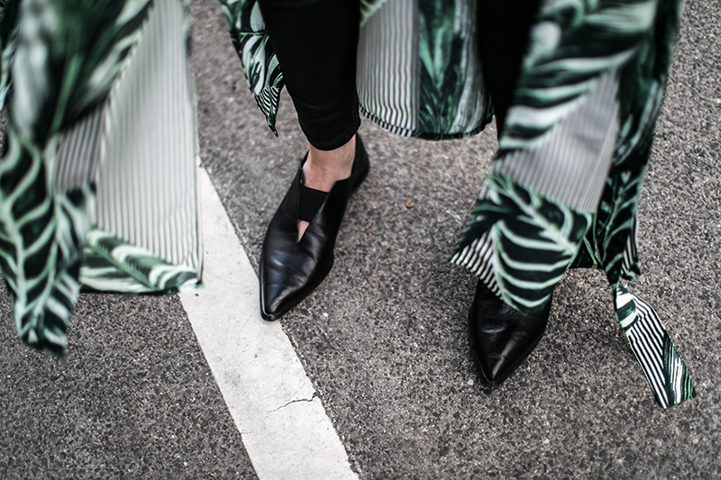 weekday kimono palmenblatt gruen worry about it later streetstyle vienna fashionblog