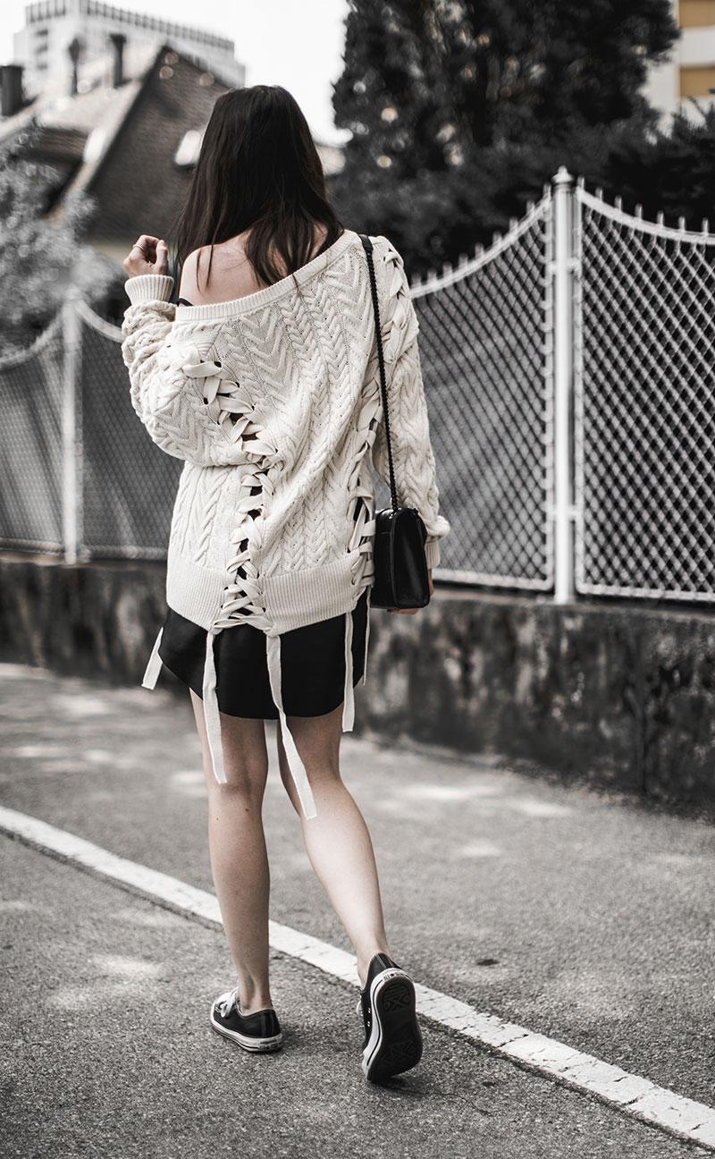 leder minirock just female streetstyle wien fashionblog