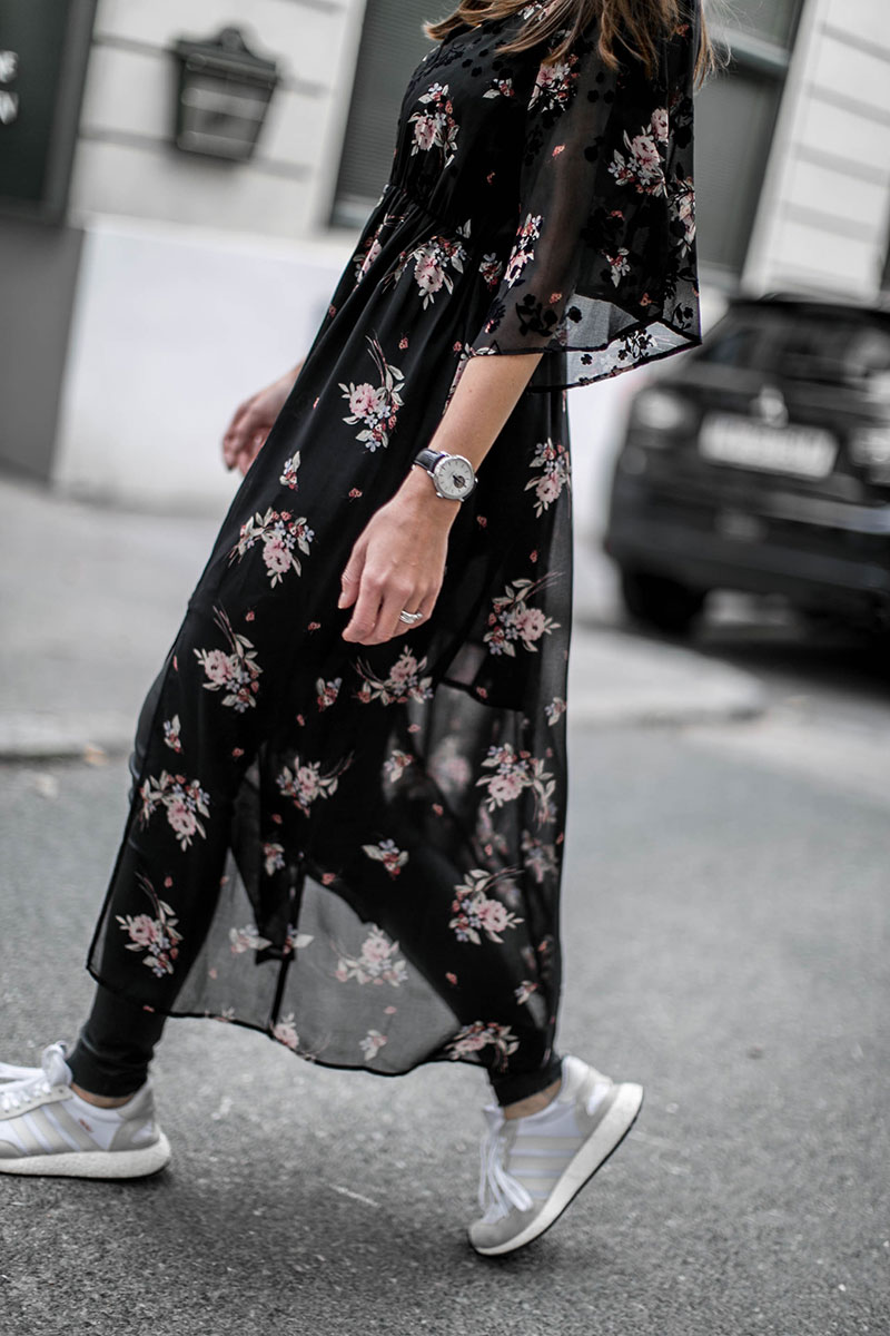 streetstyle vienna worry aboout it later flower maxi dress as dress for winter
