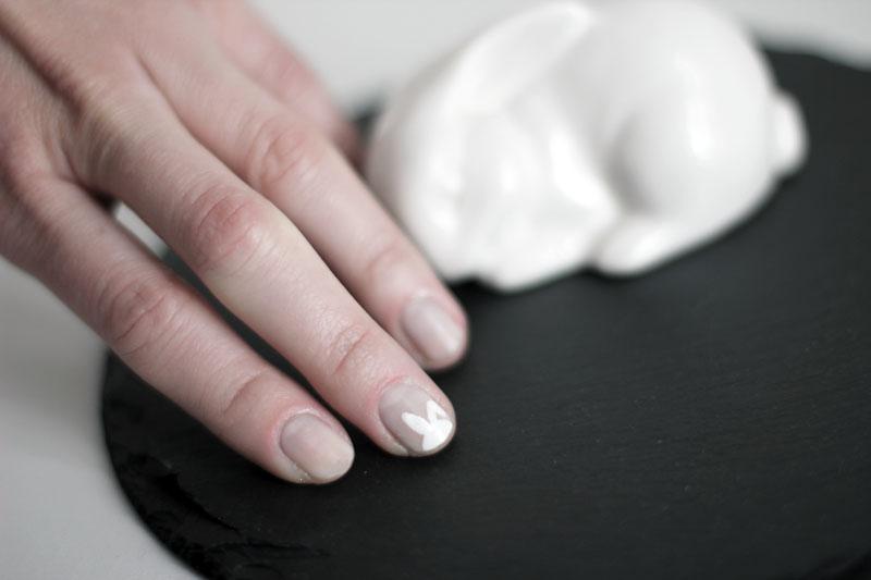 polish: white easter bunny