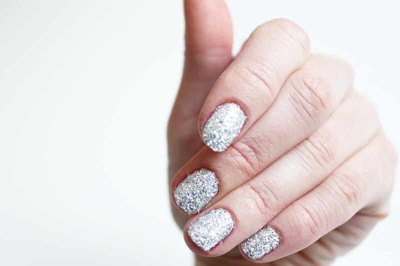 beauty: diy glitter nailpolish