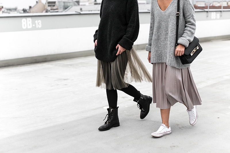 pleated skirts – twinning with tinera