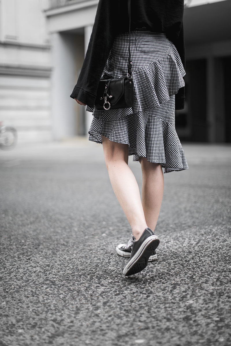 nakd gingham muster rock worryaboutitlater streetstyle wien austrianblogger