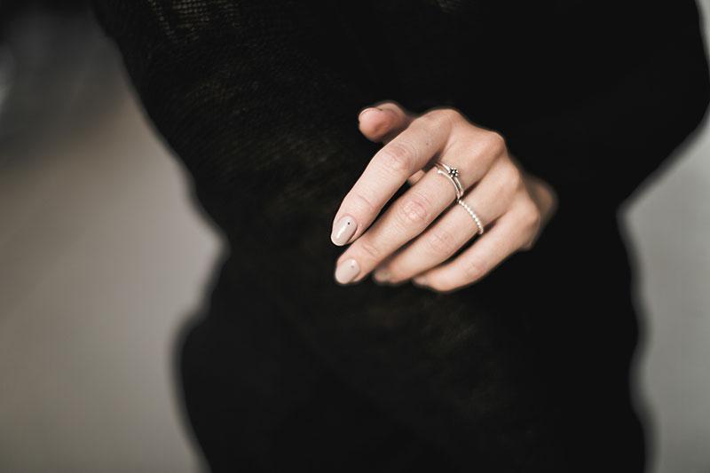 beautyblog wien worry about it later nude nagellack schwarze punkte