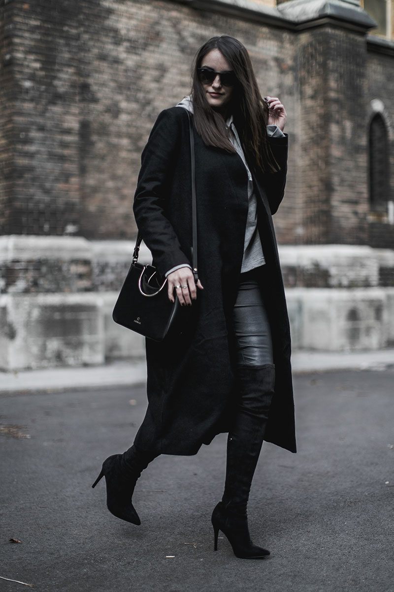 minimal outfit worry about it later streetstyle vienna aigner lexi bag