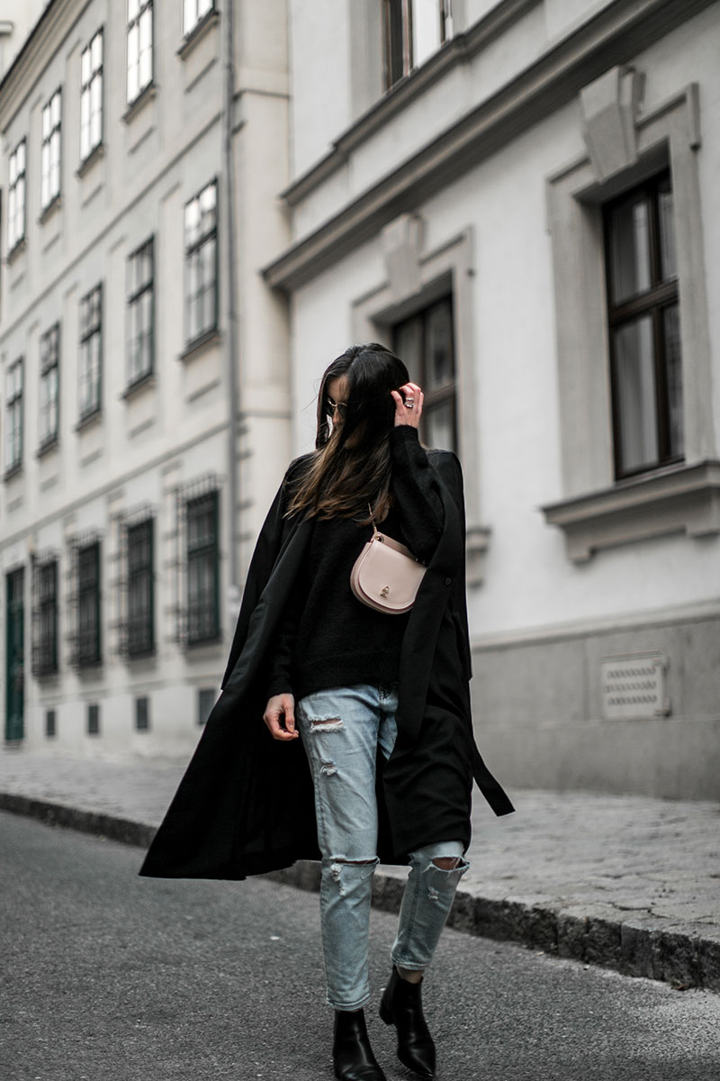 patrizia pepe belt bag worry about it later streetsyle vienna