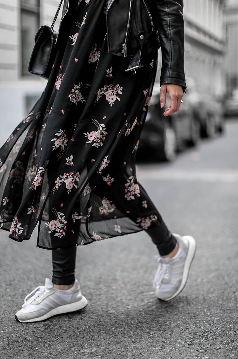 maxi flowerdress zara black worry about it later streetstyle vienna