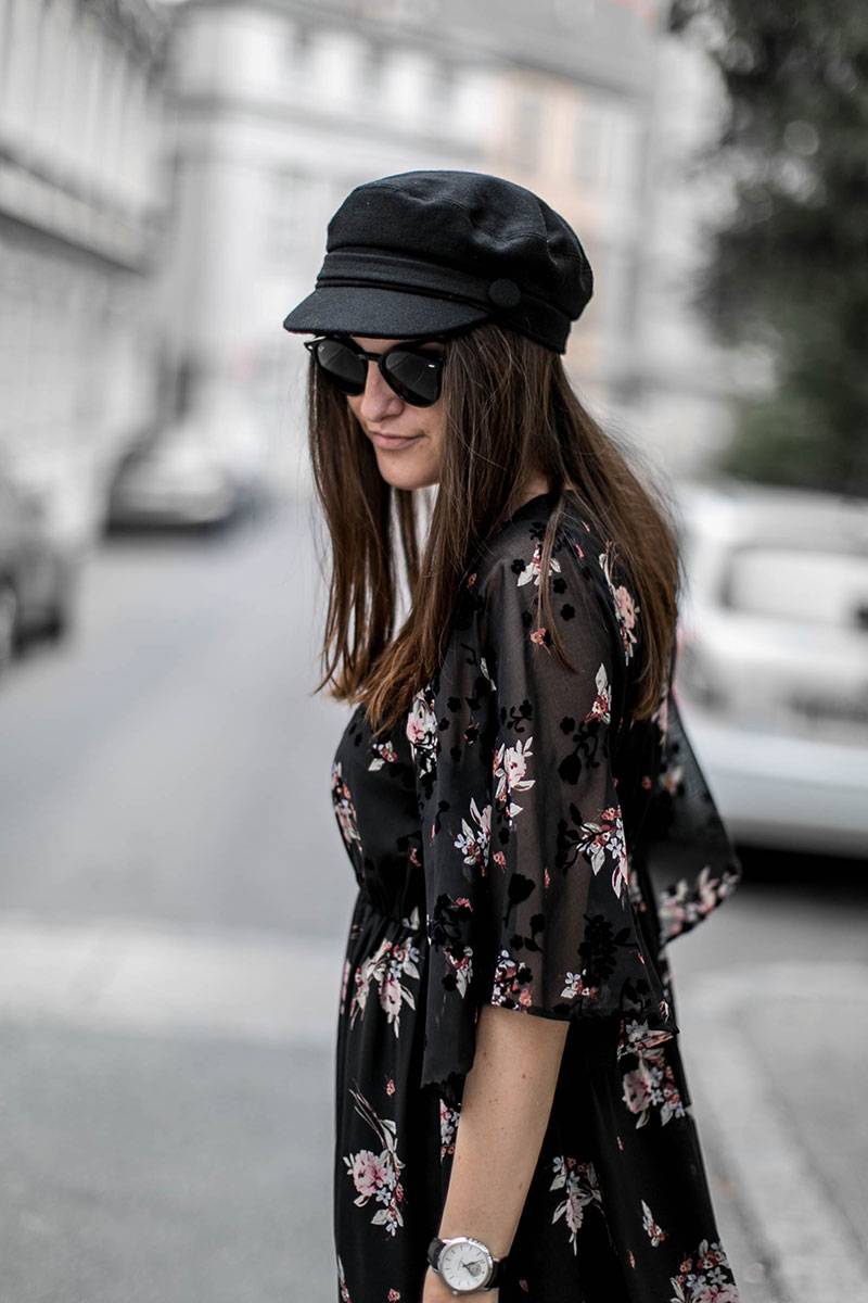 streetstyle blog vienna worry about it later flowermaxidress for winter