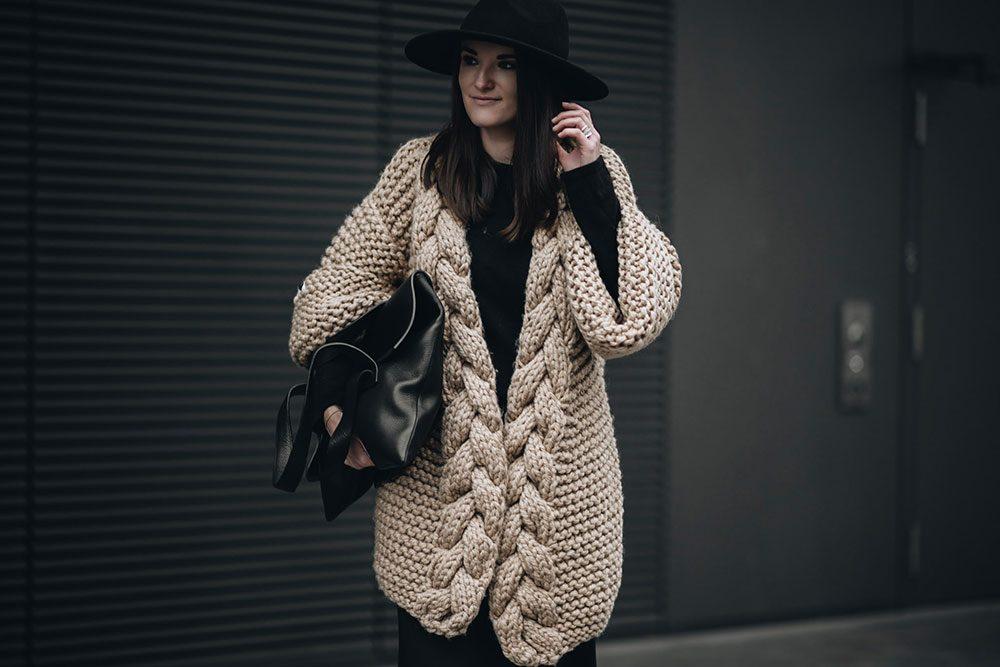 3 grossartige weibliche Designer in einem Outfit